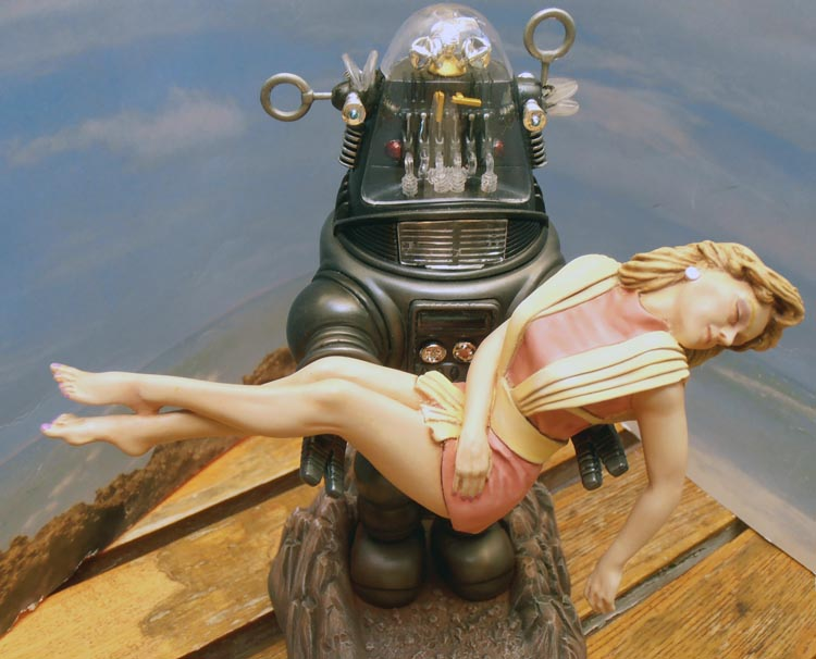 Robby the Robot from 'Forbidden Planet' Ready210