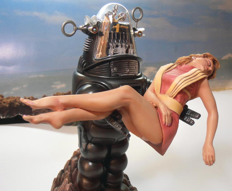 Robby the Robot from 'Forbidden Planet' Ready610