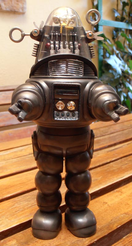 Robby the Robot from 'Forbidden Planet' Robby_10