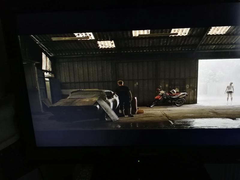 R17 découvrable dans téléfilm Img_2010