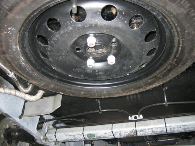 Le pneu de secours ! Compac11