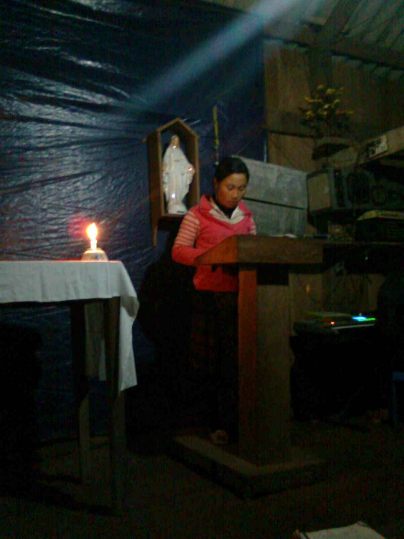 HMOOB CATHOLIC NYOB COB TSIB TEB (Hmong Catholic Vietnam) - Page 3 Christ12