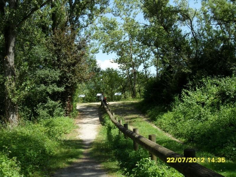 Taug  Hauv Paus Xa Lus Yas Kos txoj KEV  ( LEEJ NTSHIAB YAS KOS TUS HLOB), Route de St.Jacques de Compostelle Sam_5511