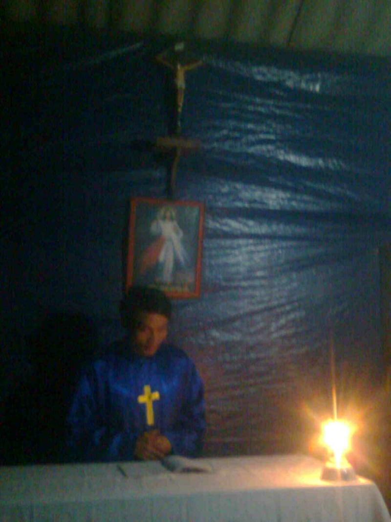 HMOOB CATHOLIC NYOB COB TSIB TEB (Hmong Catholic Vietnam) - Page 3 Txoos_10