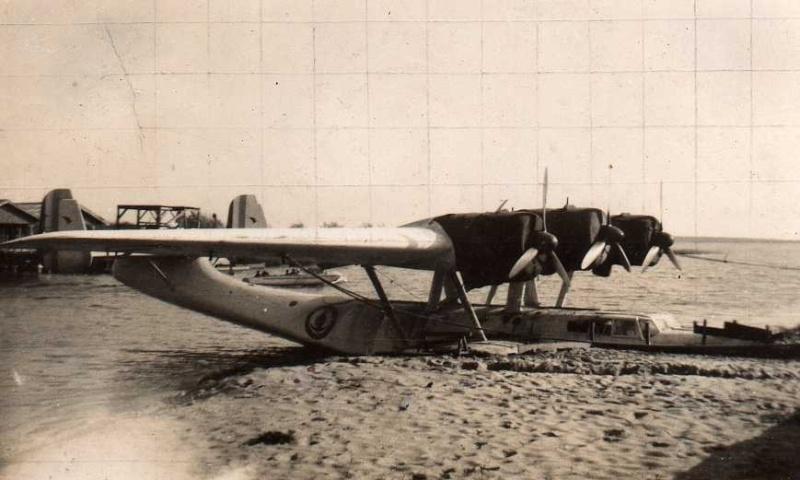[Les anciens avions de l'aéro] Hydravion DORNIER  DO 24 An31010