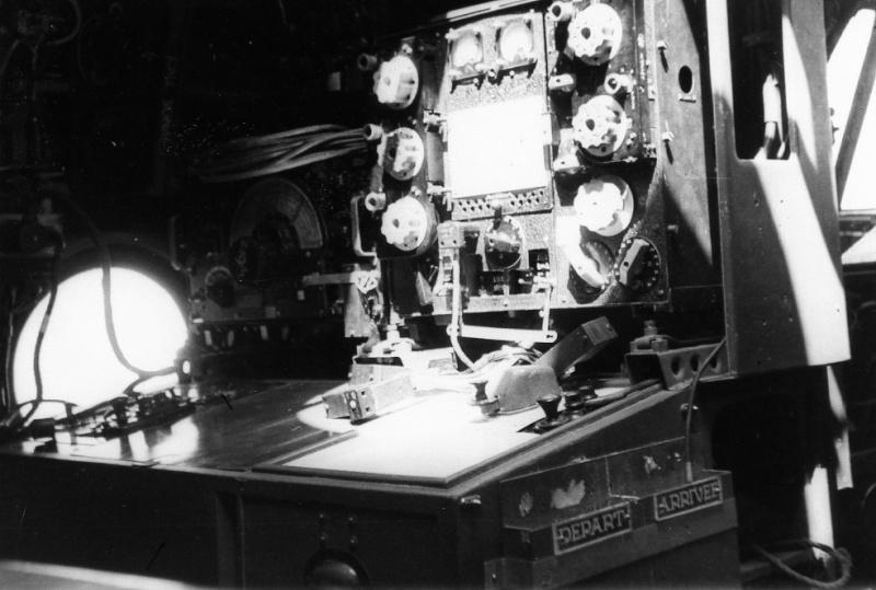 """[Les anciens avions de l'aéro] Hydravion SHORT """"SUNDERLAND"""" - Page 2 An8510"""