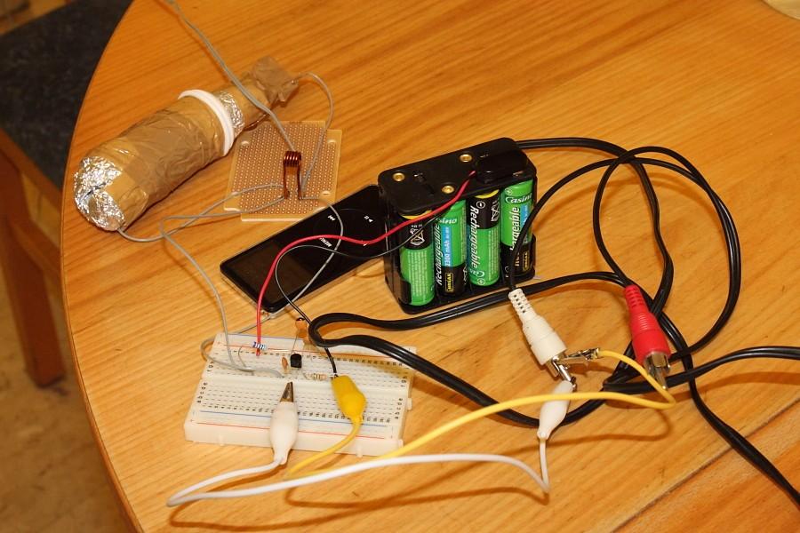 Topik des bidouilleurs d'électronique, électricité, mécanique, trucs en carton...  - Page 2 Fm_emi10