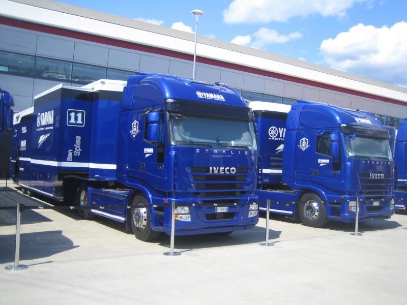 Les camions du Moto GP 03510