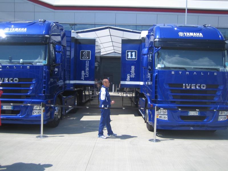 Les camions du Moto GP 03610