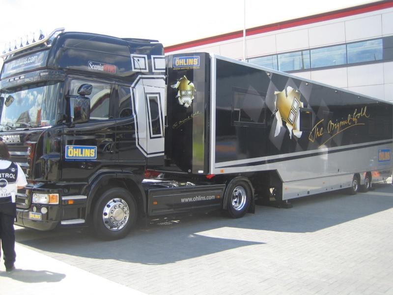 Les camions du Moto GP 03911