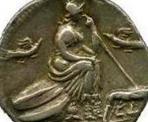 Nouveau denier de la gens Pompeia _115_112