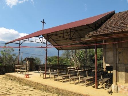 HMOOB CATHOLIC NYOB COB TSIB TEB (Hmong Catholic Vietnam) - Page 5 310