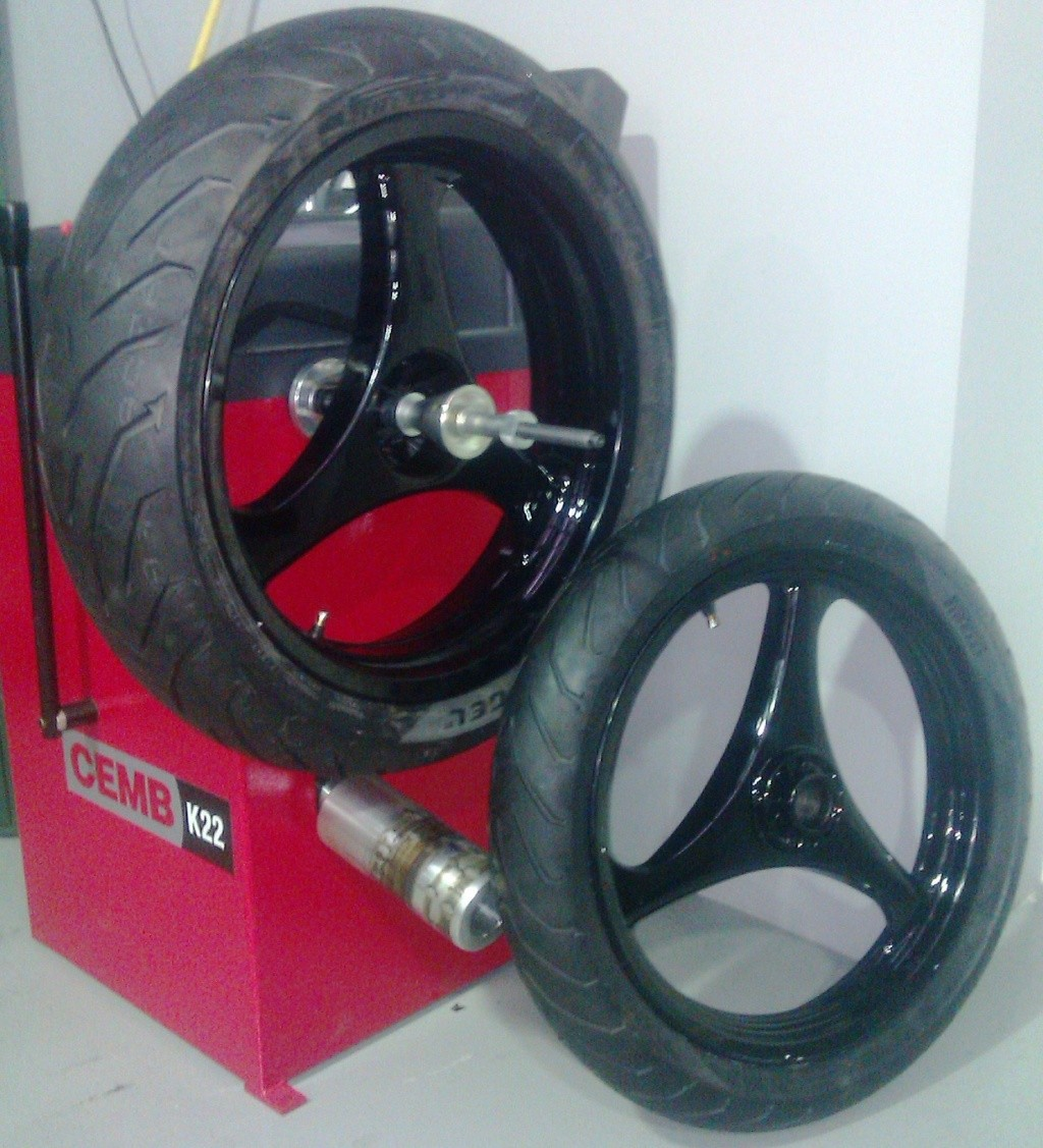 Wider Wheels & Radial Tyres on a K100 Imag0119
