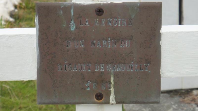 [Histoires et Histoire] Monuments aux morts originaux Français Tome 1 - Page 4 Dsc01614