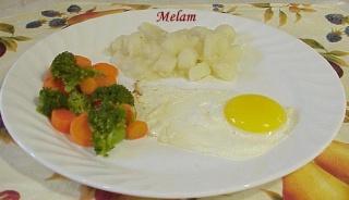 Fricassée de patates de ma maman Oeuf_e11