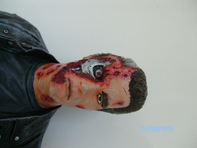 Arnie als T-800 Terminator aus Terminator-Judgement Day 1:5 Vinyl von Horizon Pict0231