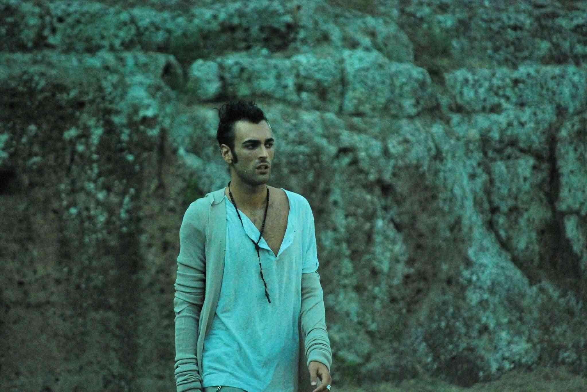 """Marco Mengoni - News sul nuovo album """"Solo 2.0"""" In arrivo il 27 settembre - Pagina 2 32531510"""