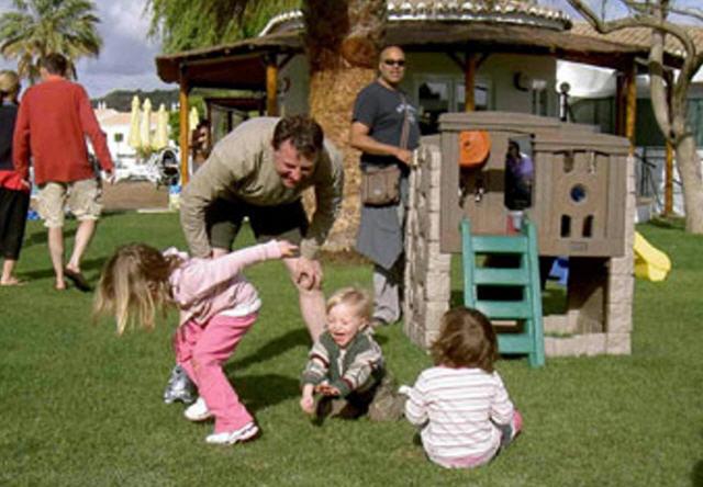Playground Photo Playgr10