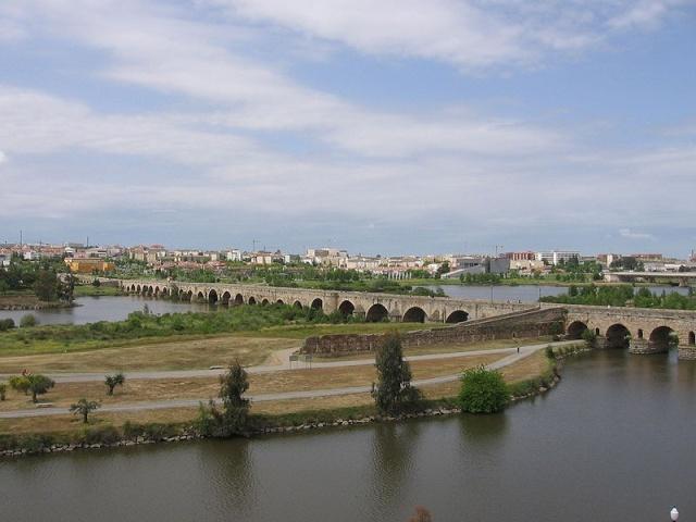 LA REGION D'EXTREMADURE Pont_r10