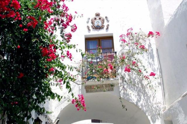 Espagne-Photos & cartes postales-us&coutumes - Page 2 Puerta11