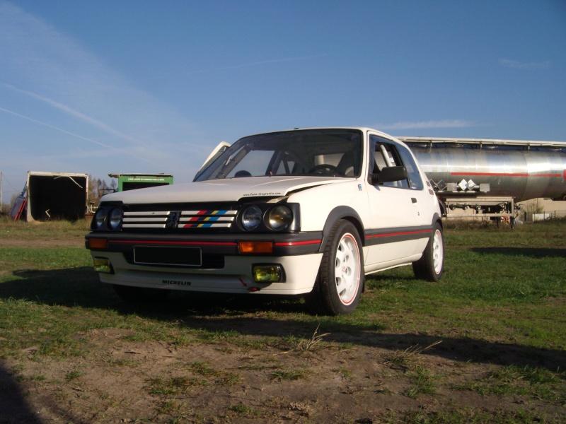 [manu47] 205 GTI 1.6L blanc meige 1987 205_gt13