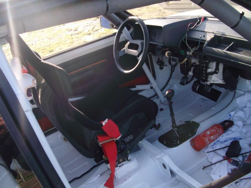 [manu47] 205 GTI 1.6L blanc meige 1987 205_gt16