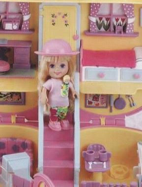Des jouets dans les jouets !  4056c810