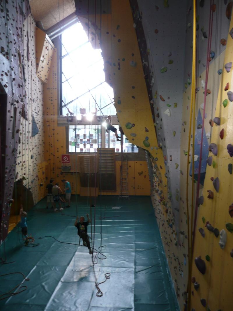 Salle d'escalade AREA Herstal Belgique P1020412