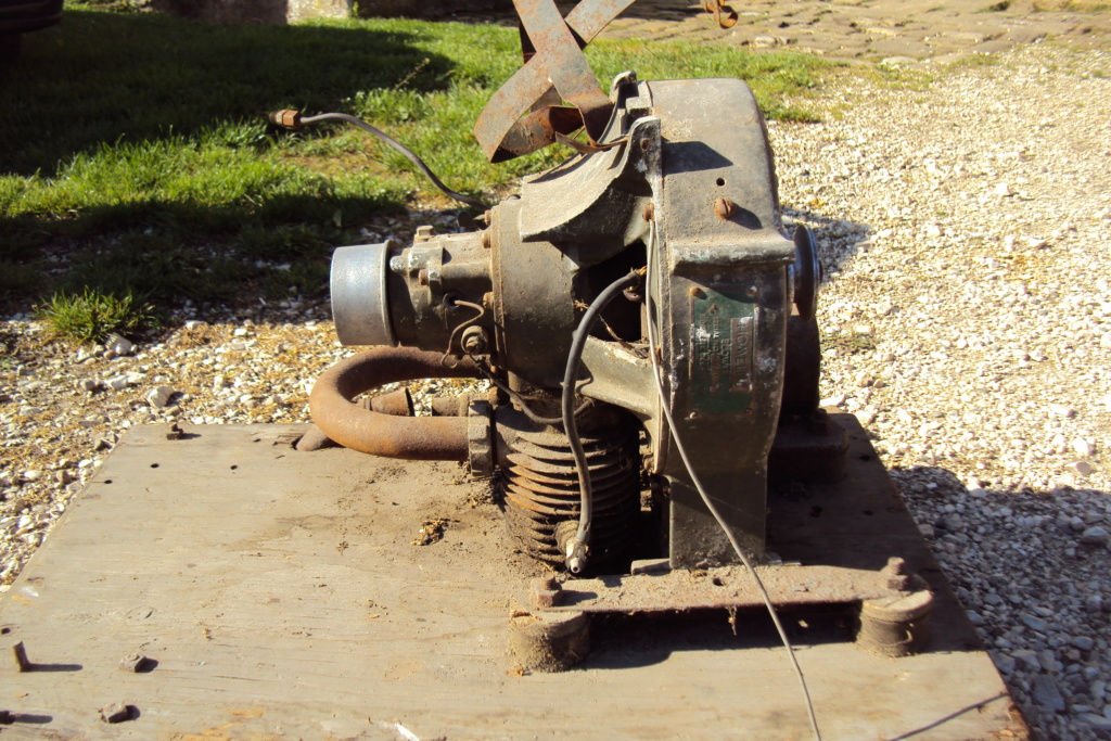 moteur - moteur Homelite Dsc08318