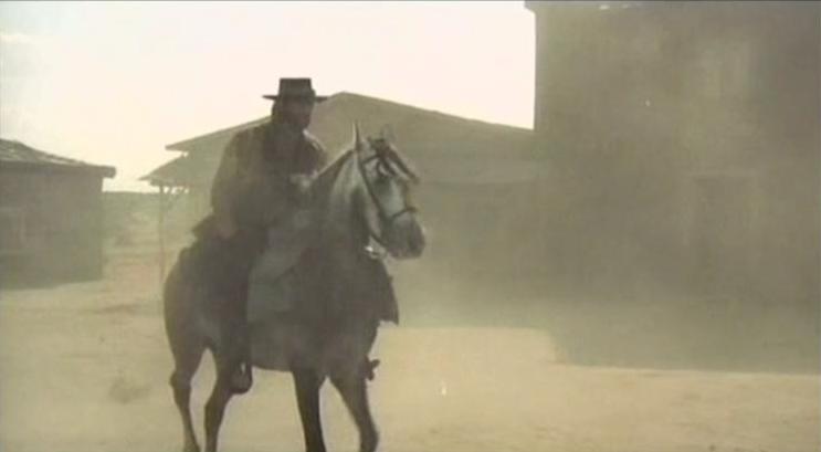 Poker d'As pour un Gringo - La muerte llega arrastrándose - Hai sbagliato... dovevi uccidermi subito-Mario Bianchi , 1972 Pdvd_389