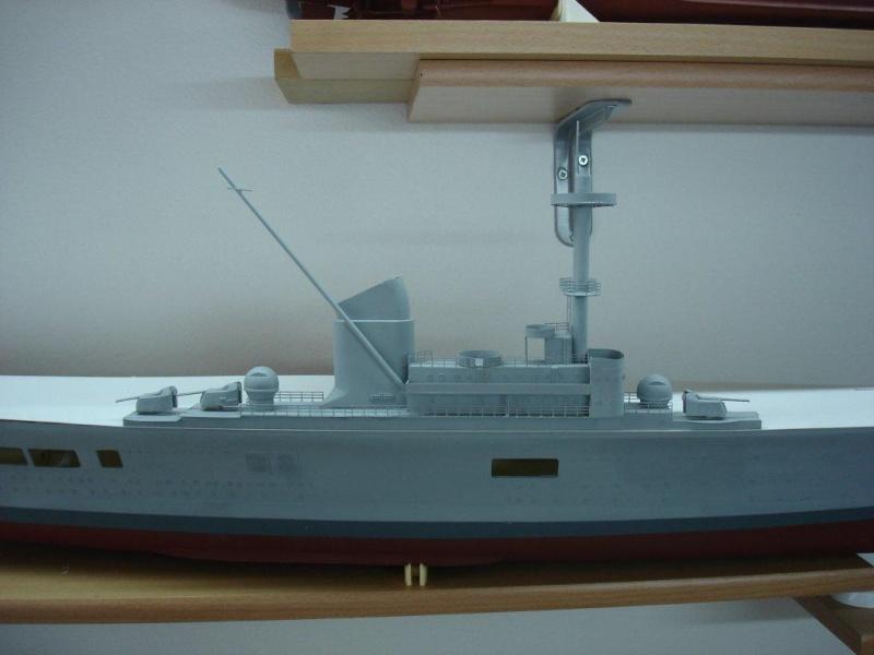 Umbau Seydlitz zum Flugzeugträger Weser Maßstab 1:200 Dsc01312
