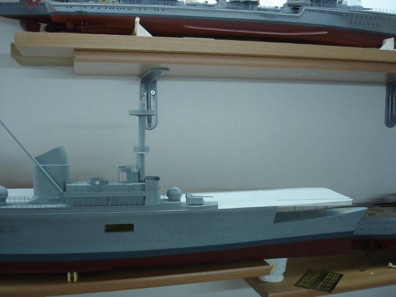 Umbau Seydlitz zum Flugzeugträger Weser Maßstab 1:200 Dsc01313