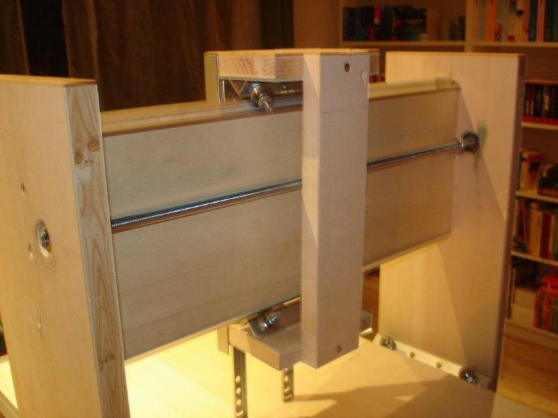 CNC Portalfräse im Eigenbau Fr1010