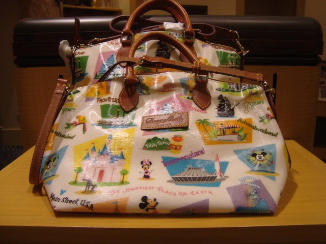 Les accros du shopping à Disneyland Resort  Dsc00211