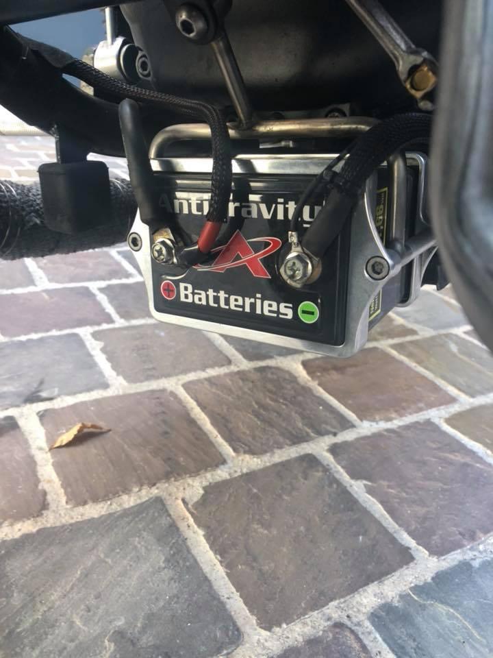 Où cacher bobines et batterie? 42258310
