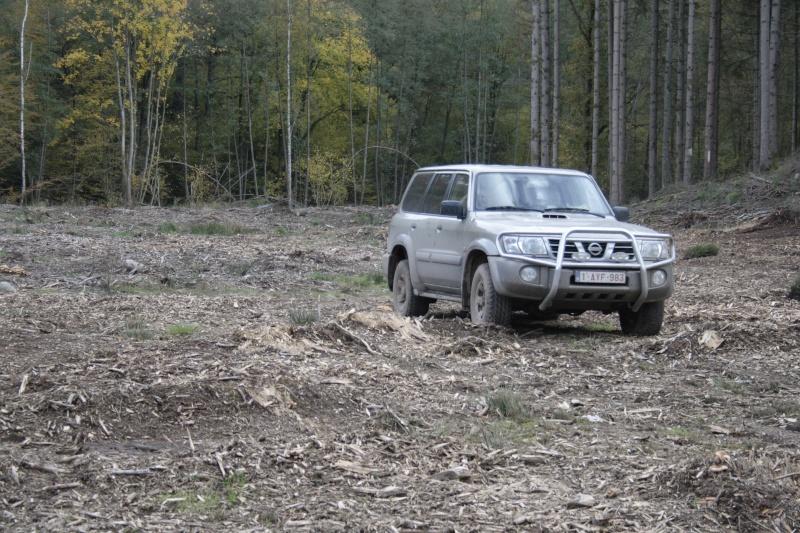 Changement pneus sur Patrol Y61  _mg_4711