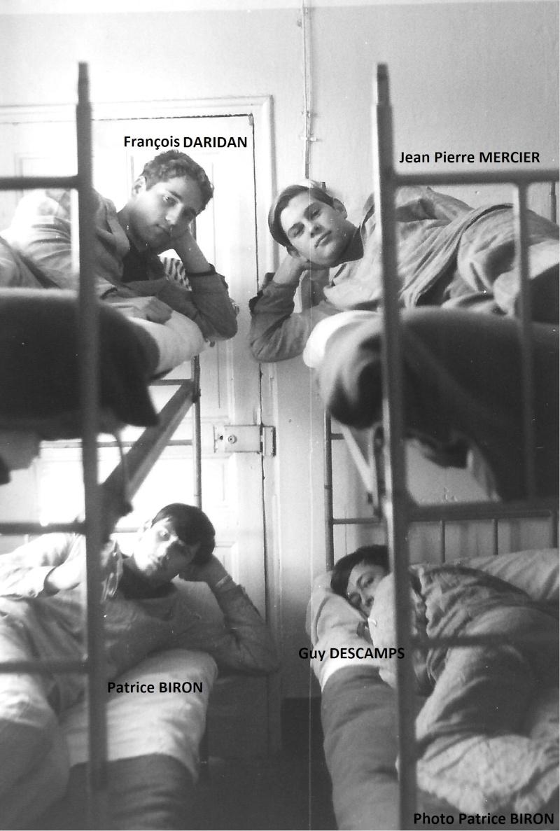 ALBUM PHOTOS DE COURS - GROUPE DES ÉCOLES D'ARMES Fav_1910
