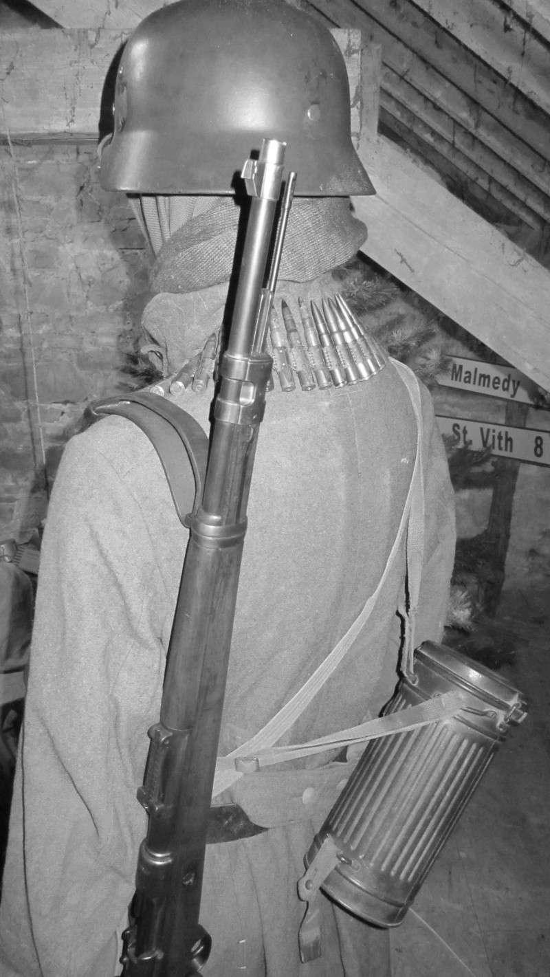 Vos mannequins Allemands de la WW2 - Page 5 Img_1226