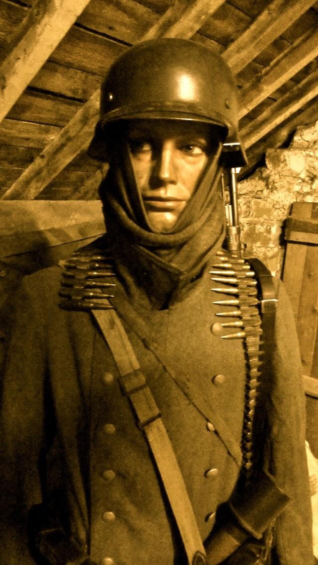 Vos mannequins Allemands de la WW2 - Page 5 Img_1229