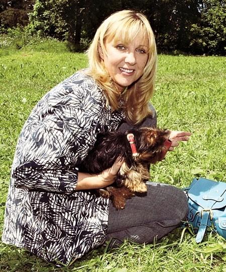 Знаменитости и собаки (фото). 514210