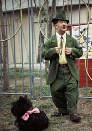 Знаменитости и собаки (фото). A_02010