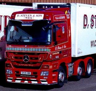 Camions du forum echelle 1 - Page 2 2012-012
