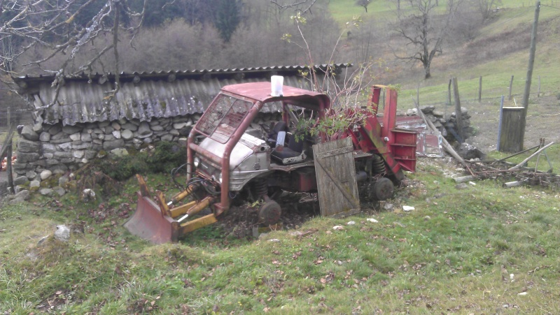 Montage forestier d'un MB Trac 800 - Page 5 Imag0911