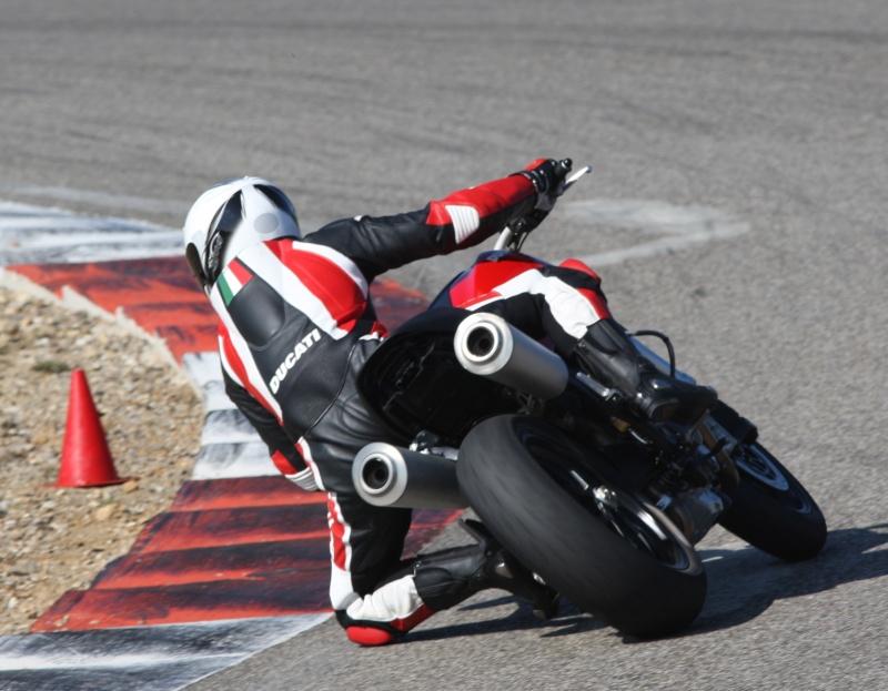 14 mars 2012 -> Ales (BMC Track Days) Imgl3010