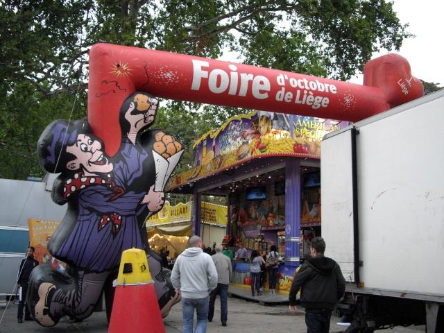 Borne d'arcade à la foire de Liège 01-ent10