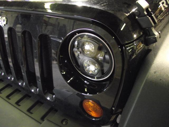 Strani fari anteriori a LED Jeeeep10