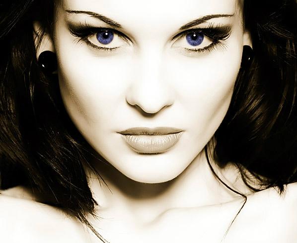 ; Rossetta Bloodline: Lady Valentina Rossetta ;  45bc0b11