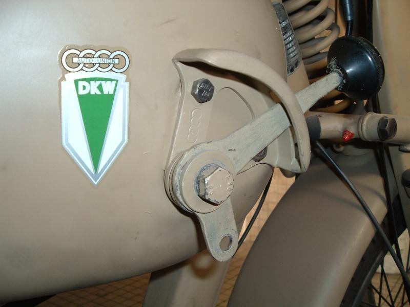 restauration d'une DKW 350 NZ DE 1943 - Page 2 Droite11