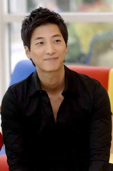 Jung Sung Woon Fullsi18