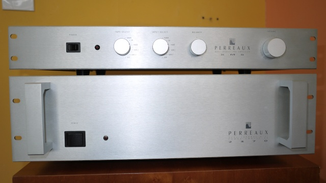 Perreaux SM5 Dual Channel Pre-Amplifier & 2370 Dual Channel Power-Amplifier (Used) - Reserve 06710
